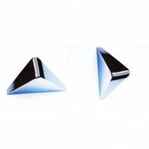 Avon Triangle Pull Knob Handle - Bright Chrome Finish
